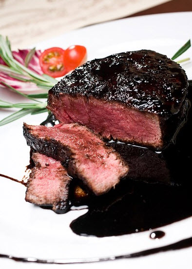Acqua al 2 in Downtown San Diego serves Fillet Mignon with Blueberry Sauce