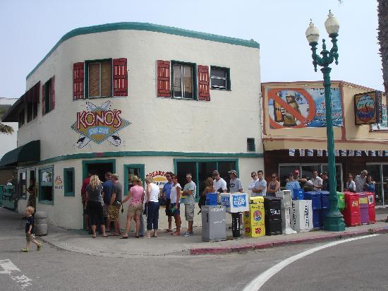 Konos Restaurant in Pacific Beach, San Diego, CA